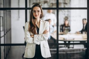 女性が多い職場でうまくやるコツ4:上司に嫌われないようにする