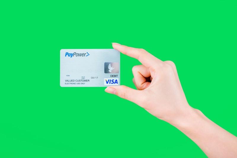 【お金にまつわる嘘】リボ払い&カードローンで支払いが楽になる